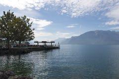 Muelle del barco del viaje del La de Vevey, Suiza Foto de archivo libre de regalías