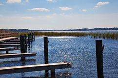 Muelle del barco en el lago florida Fotos de archivo libres de regalías