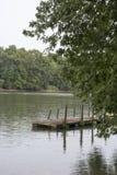 Muelle del barco en el río Ohio foto de archivo