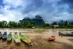 Muelle del kajak en el río de Khong Fotografía de archivo libre de regalías