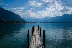 Muelle el lago Lemán del barco Fotos de archivo libres de regalías