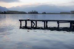 Muelle en un lago Foto de archivo