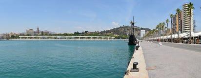 Muelle för Malaga hamnpromenad Uno Royaltyfria Foton