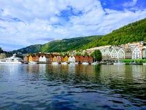 Muelle hermoso de Bryggen fotos de archivo