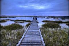 Muelle sobre pantano de sal foto de archivo libre de regalías