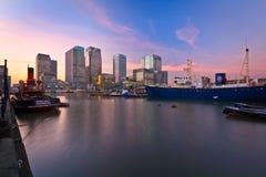 Muelle y Canary Wharf del sur, Londres. fotografía de archivo libre de regalías