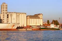Muelles de Estambul Imagen de archivo libre de regalías