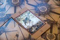 Muerte de la carta de tarot Cubierta del tarot de Labirinth Fondo esotérico Imagenes de archivo