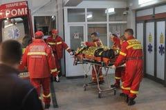 27 muertos en fuego del club nocturno de Bucarest Colectiv Imagenes de archivo