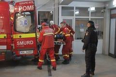 27 muertos en fuego del club nocturno de Bucarest Colectiv Imagen de archivo