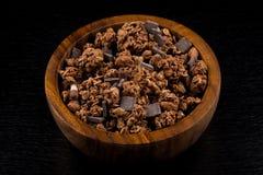 Muesli avec des morceaux de chocolat image libre de droits