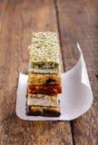 Muesli/granola/paletas heladas de fruta fotos de archivo