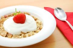 Muesli mit Erdbeere Lizenzfreies Stockfoto