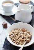 Muesli van de chocolade met melk Royalty-vrije Stock Foto's