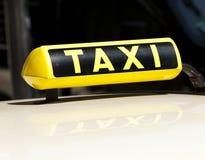 Muestra alemana del taxi Fotos de archivo