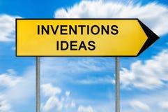 Muestra amarilla de las ideas de la invención del concepto de la calle foto de archivo libre de regalías