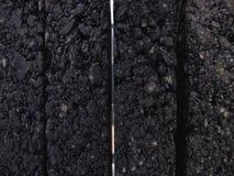 Muestra de asfalto de goma moderno con un corte científico detallado, a Gap-como mezcla con los poros del aire y ruido-bloqueo metrajes