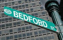 Muestra de calle de Bedford Boston Imágenes de archivo libres de regalías