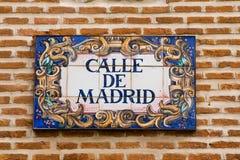 Muestra de calle de Madrid Imagenes de archivo