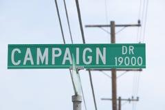 Muestra de calle del mecanismo impulsor de la campaña fotos de archivo