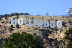 Muestra de Hollywood en un cielo azul Imágenes de archivo libres de regalías