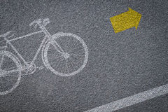 Muestra de la bicicleta en carril de bicicleta Fotos de archivo libres de regalías