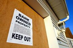 Muestra de la ejecución de una hipoteca de las propiedades inmobiliarias en casa Fotografía de archivo libre de regalías