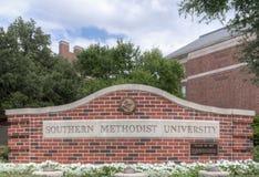 Muestra de la entrada en el campus de la universidad de methodist meridional fotografía de archivo libre de regalías