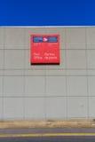 Muestra de la oficina de correos de Canadá en la pared del edificio Fotografía de archivo libre de regalías