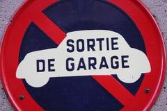 Muestra de la salida del garaje Imagen de archivo libre de regalías
