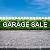 Muestra de la venta de garage Imágenes de archivo libres de regalías