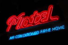 Muestra de neón del motel imagen de archivo libre de regalías