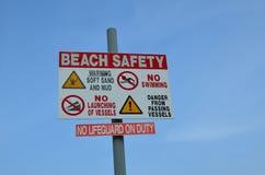 Muestra de seguridad de la playa Foto de archivo libre de regalías