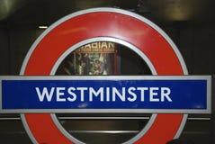 Muestra de Westminster en Londres subterráneo Imagenes de archivo