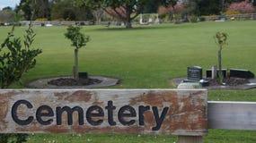 Muestra del cementerio en el cementerio de Nueva Zelanda imagenes de archivo
