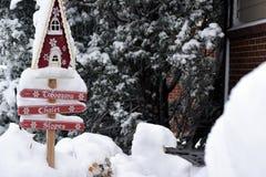 Muestra del chalet de la nieve Fotografía de archivo