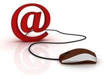 Muestra del email con el ratón del ordenador Fotografía de archivo libre de regalías