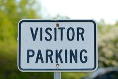 Muestra del estacionamiento del visitante Imágenes de archivo libres de regalías