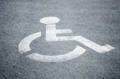 Muestra del estacionamiento para los minusválidos Imagenes de archivo