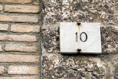 Muestra del número de casa 10 Fotografía de archivo