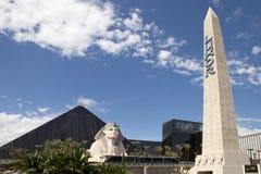 Muestra del obelisco para el casino del hotel de Luxor en Las Vegas fotos de archivo libres de regalías