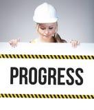 Muestra del progreso en el cartel de la información, mujer del trabajador Imágenes de archivo libres de regalías