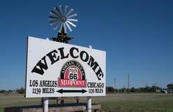 Muestra del punto mediano de Route 66 Imagenes de archivo