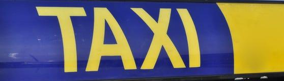 Muestra del taxi fotografía de archivo libre de regalías