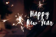 Muestra del texto de la Feliz Año Nuevo, tarjeta de felicitación Feliz Año Nuevo y feliz Imagen de archivo libre de regalías