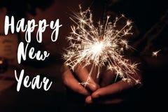 Muestra del texto de la Feliz Año Nuevo, tarjeta de felicitación Feliz Año Nuevo y feliz Fotos de archivo libres de regalías