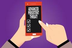 Muestra del texto que muestra amenaza persistente avanzada El usuario desautorizado de la foto conceptual accede a las manos de u stock de ilustración