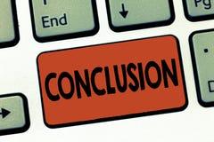 Muestra del texto que muestra la conclusión La foto conceptual resulta final de la decisión final del análisis de un evento o de  foto de archivo libre de regalías