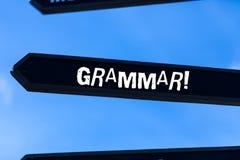 Muestra del texto que muestra la gram?tica Sintaxis del lenguaje y morfolog?a enteras de la estructura de sistema de la foto conc imagenes de archivo
