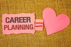 Muestra del texto que muestra la planificación de la carrera Nota rasgada rosa educativo profesional conceptual e de Job Growth T Imagen de archivo libre de regalías